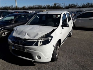 Voiture accidentée : DACIA SANDERO
