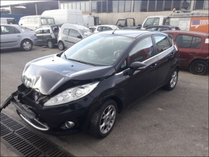 Voiture accidentée : FORD FIESTA