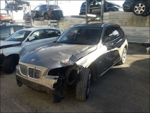 Voiture accidentée : BMW X1