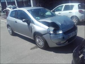 Voiture accidentée : FIAT PUNTO