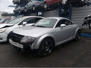 Voiture accidentée : AUDI TT