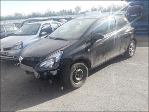 Voiture accidentée : OPEL CORSA