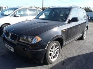 Voiture accidentée : BMW X3