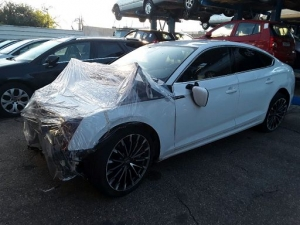Voiture accidentée : AUDI A5